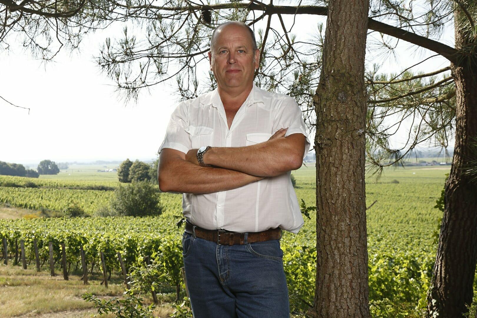 Domaine des bergeonnières devant le vignoble