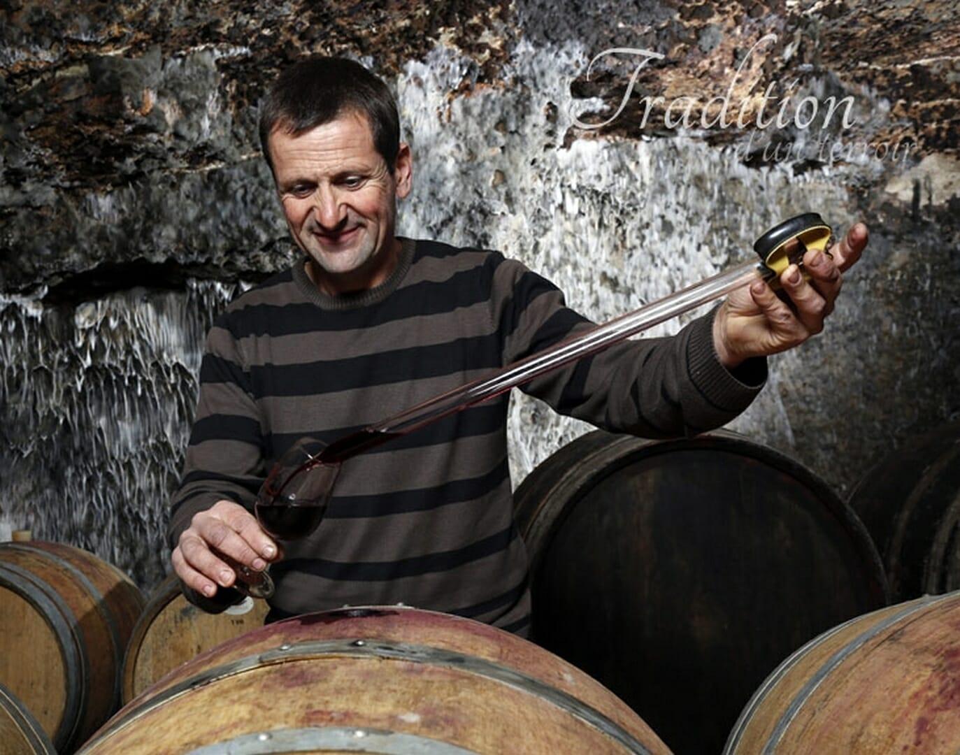 Vignoble de la Mineraie Richard RÉTHORÉ en cave